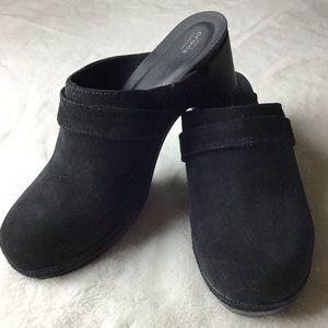 Crocs Black Suede Triple Comfort Mules Size 10